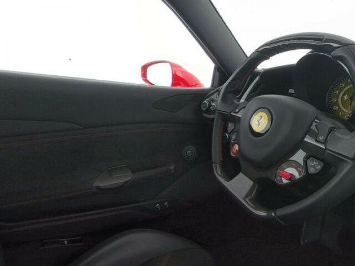 Ferrari 488 GTB V8 3.9 bi-turbo Rosso Scuderia - 12
