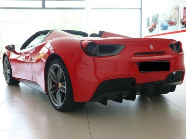 Ferrari 488 Spider Rosso Corsa - 2