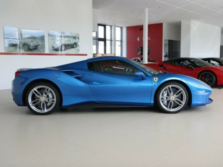 Ferrari 488 Spider Apple Carplay blu corsa - 10