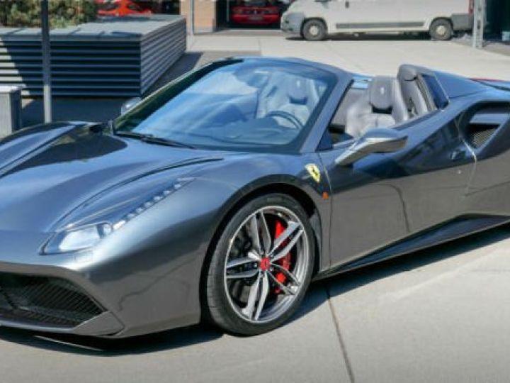 Ferrari 488 Spider Carbone#Lift#Sièges Racing#HiFi Grigio Silverstone métal - 1