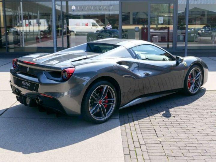 Ferrari 488 Spider Carbone#Lift#Sièges Racing#HiFi Grigio Silverstone métal - 13
