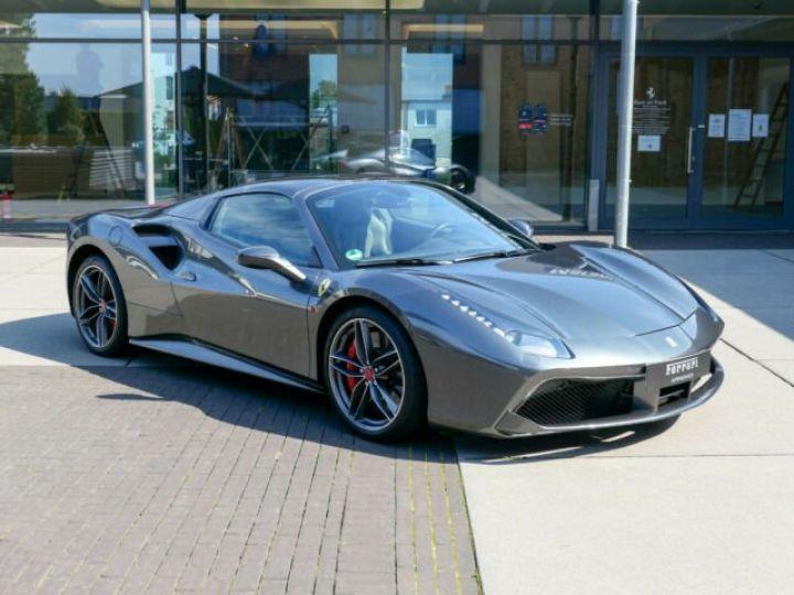 Ferrari 488 Spider Carbone#Lift#Sièges Racing#HiFi Grigio Silverstone métal - 14
