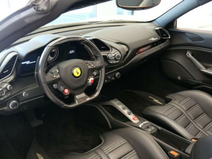 Ferrari 488 Spider Carbone#Lift#Sièges Racing#HiFi Bianco Avus - 7