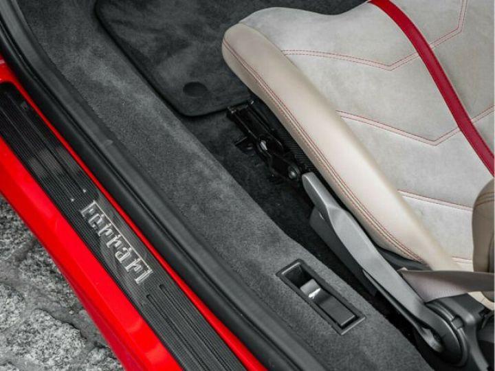 Ferrari 488 Spider PACK CARBONE#SUBLISSIME#Sièges Racing Rosso Corsa - 11