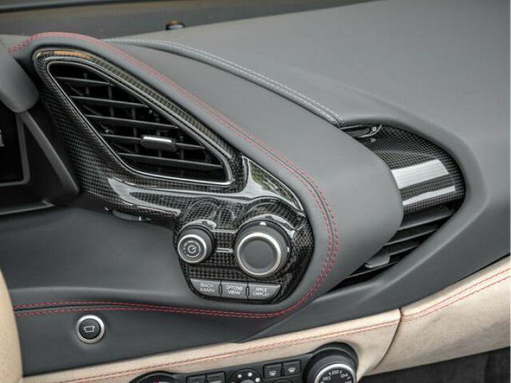 Ferrari 488 Spider PACK CARBONE#SUBLISSIME#Sièges Racing Rosso Corsa - 13