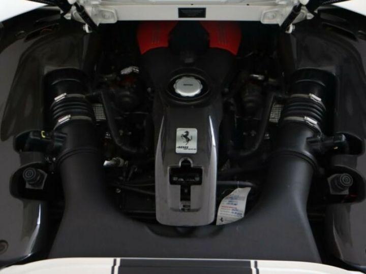 Ferrari 488 Spider V8 3.9 bi-turbo#Pack carbone Bianco Avus - 18