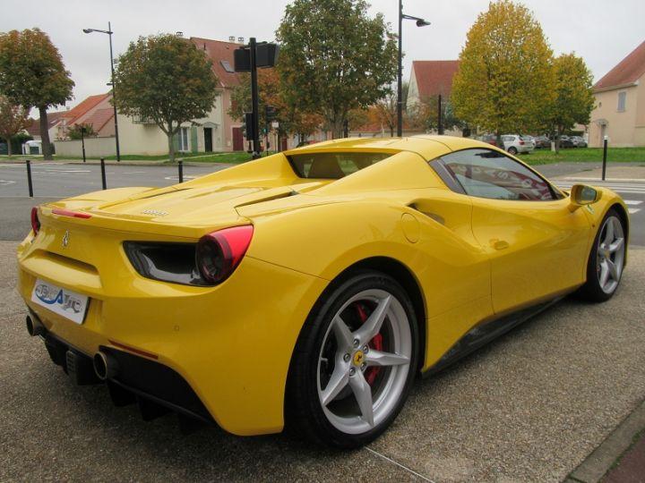 Ferrari 488 Spider V8 3.9 T 670CH Jaune Modena Occasion - 9
