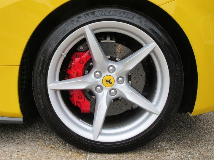 Ferrari 488 Spider V8 3.9 T 670CH Jaune Modena Occasion - 14