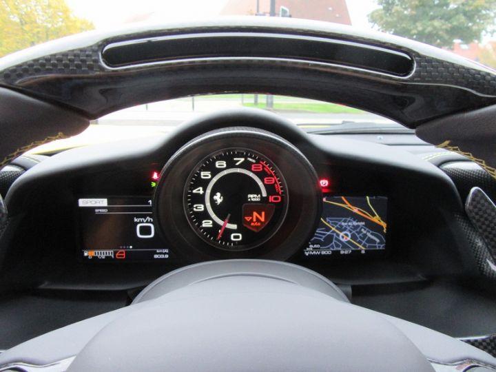 Ferrari 488 Spider V8 3.9 T 670CH Jaune Modena Occasion - 17