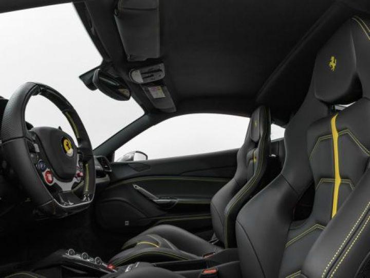 Ferrari 488 V8 3.9 T 670CH GRIS Occasion - 12