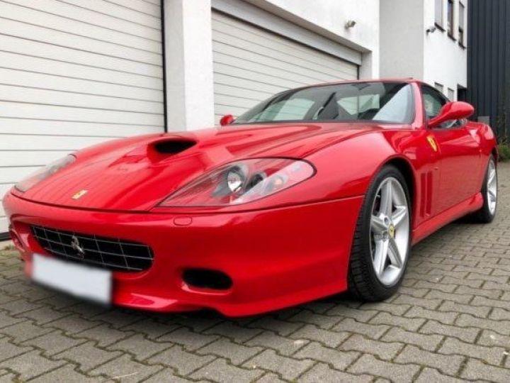 Ferrari 575 M Maranello F1 rouge - 1