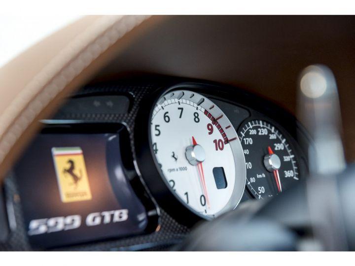 Ferrari 599 GTB Fiorano HGTE noir - 14