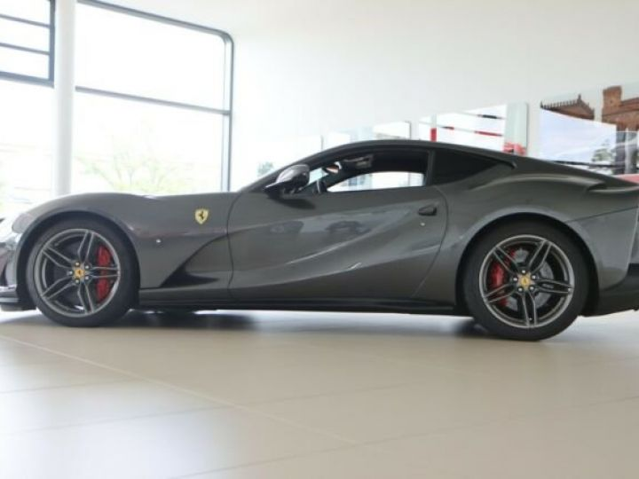 Ferrari 812 Superfast Grigio Silverstone métal - 7