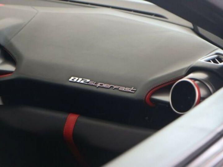 Ferrari 812 Superfast Grigio Silverstone métal - 11