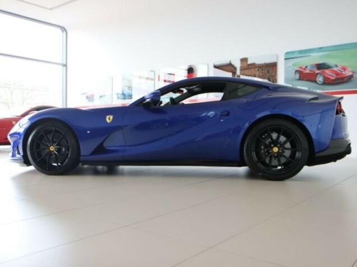 Ferrari 812 Superfast V12 6.5 #pack carbone Blu Elettrico métal - 7