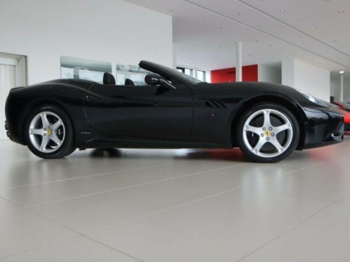 Ferrari California Nero - 3