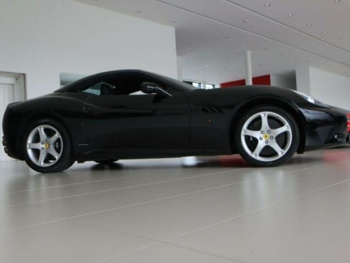 Ferrari California Nero - 4