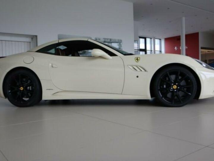 Ferrari California Avorio - 4