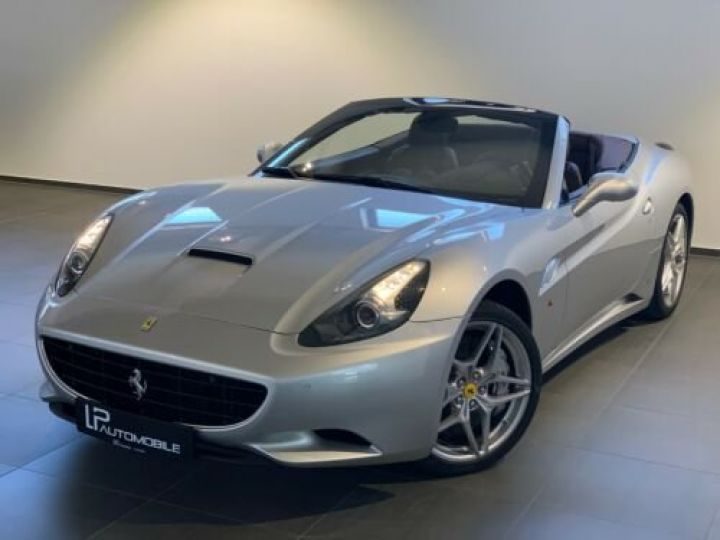 Ferrari California 4.3L / Moteur V8 4 siège / Carbon Daytona Gris métallisée  - 1