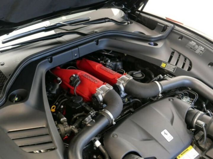 Ferrari California T Nero Daytona metal - 19