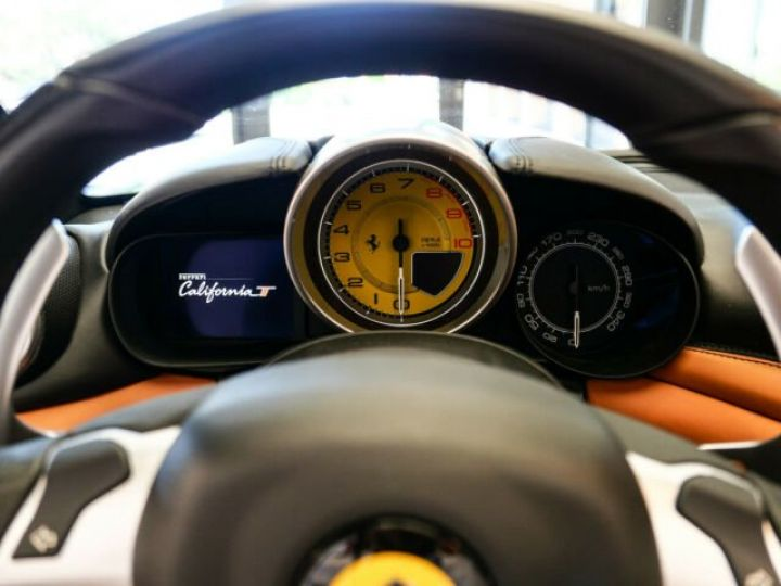 Ferrari California T Nero Daytona métal - 16