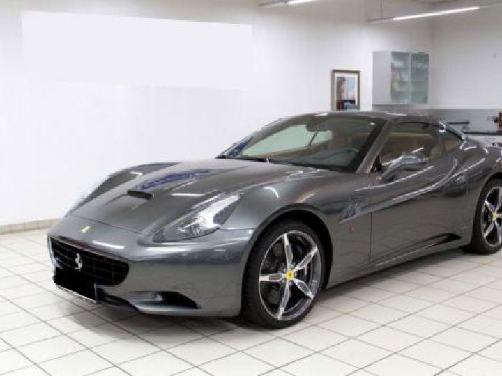 Ferrari California V8 4.3 GRIS Occasion - 1
