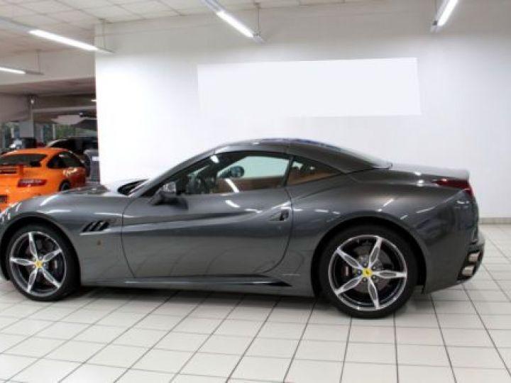 Ferrari California V8 4.3 GRIS Occasion - 2