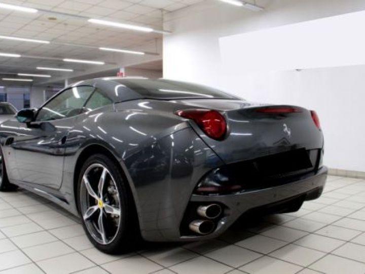 Ferrari California V8 4.3 GRIS Occasion - 3