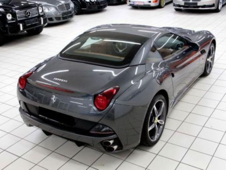 Ferrari California V8 4.3 GRIS Occasion - 6