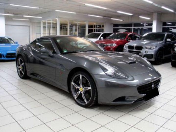 Ferrari California V8 4.3 GRIS Occasion - 7