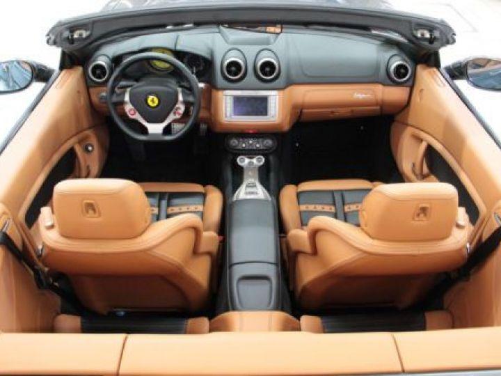 Ferrari California V8 4.3 GRIS Occasion - 12