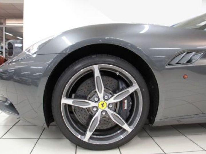 Ferrari California V8 4.3 GRIS Occasion - 19