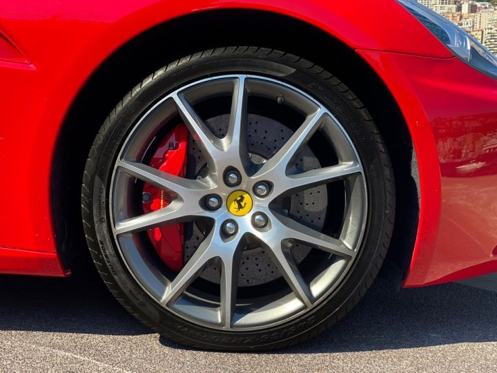 Ferrari California V8 F1 2+2 460 CV - MONACO Rosso Corsa - 14