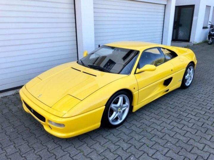 Ferrari F355 GTB  jaune giallo Modena - 1