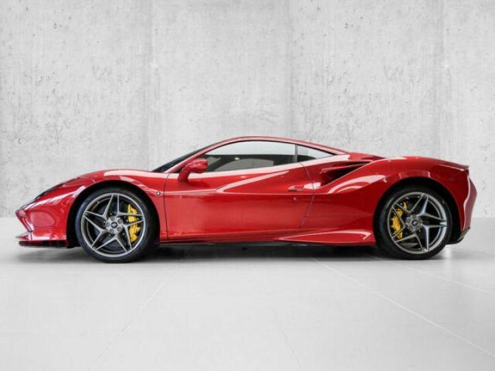 Ferrari F8 Tributo Rosso Fuoco - 2