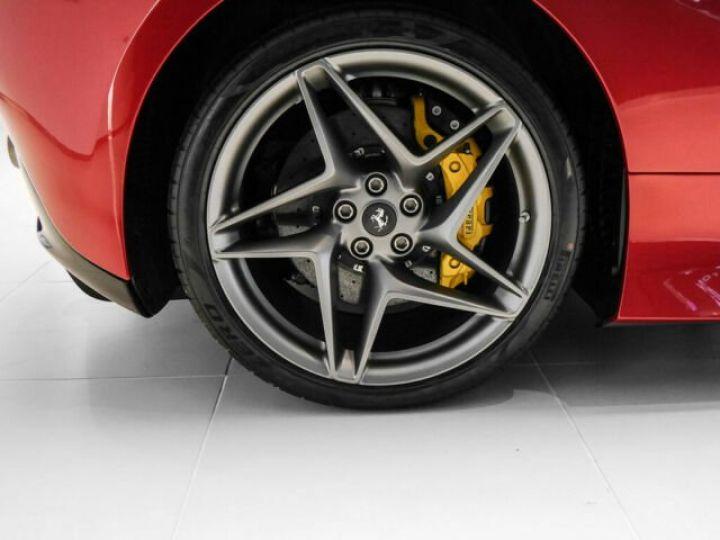 Ferrari F8 Tributo Rosso Fuoco - 5
