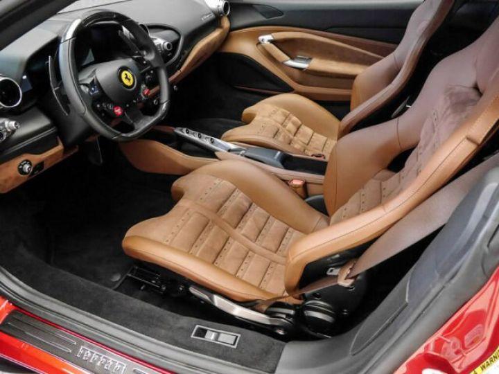 Ferrari F8 Tributo Rosso Fuoco - 8