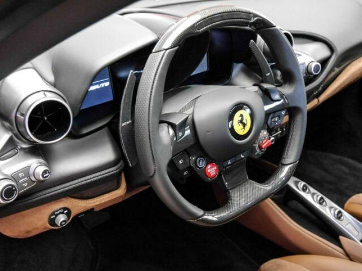 Ferrari F8 Tributo Rosso Fuoco - 11
