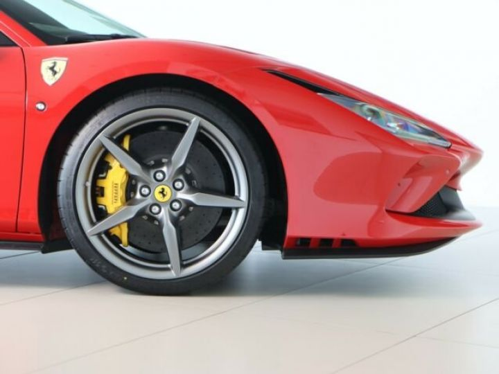 Ferrari F8 Tributo V8 3.9 Bi-turbo 721 Ch Rosso Corsa - 19