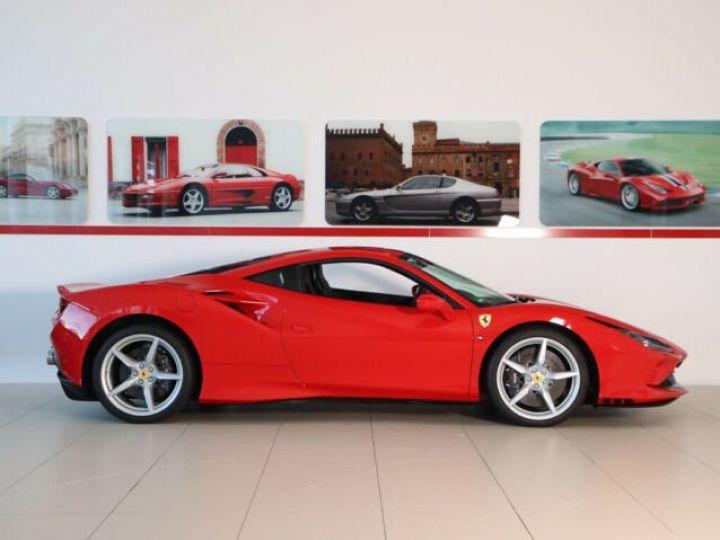 Ferrari F8 Tributo V8 3.9 Turbo Rosso Corsa - 3