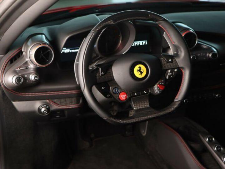 Ferrari F8 Tributo V8 3.9 Turbo Rosso Corsa - 9