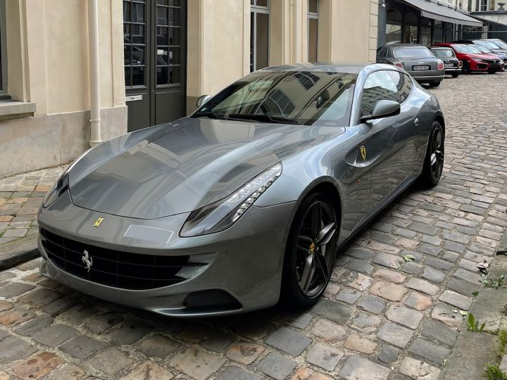 Ferrari FF Gris - 1