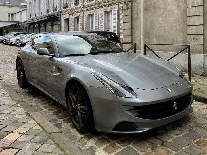 Ferrari FF Gris - 2