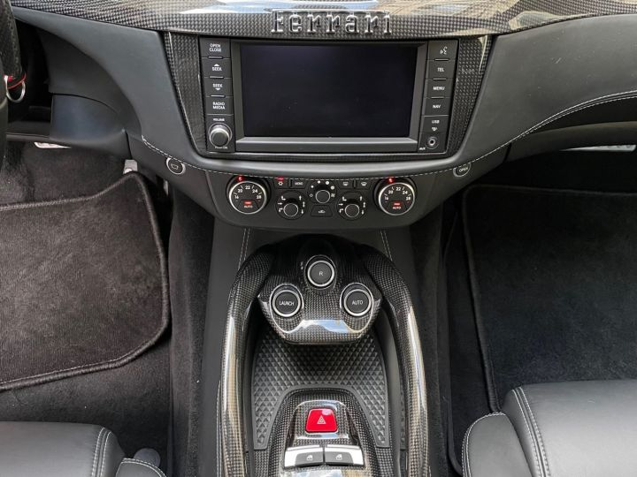 Ferrari FF Gris - 15