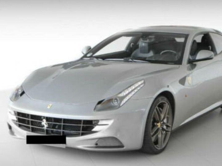 Ferrari FF Cockpit carbone Grigio Titanio métal - 1