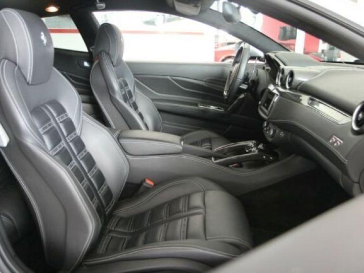 Ferrari FF Cockpit carbone Grigio Titanio métal - 5