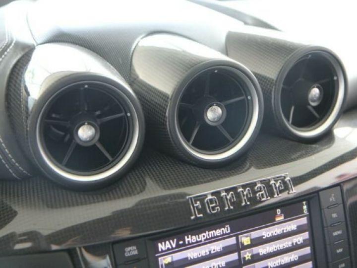 Ferrari FF Cockpit carbone Grigio Titanio métal - 9