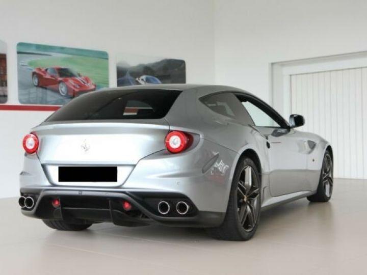 Ferrari FF Cockpit carbone Grigio Titanio métal - 21