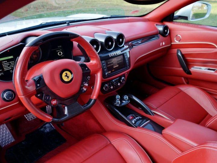 Ferrari FF Ferrari FF V12 6.3 660ch GPS/ 4X4 / Garantie 12 MOIS Livré TTC Blanc Nacré Métallisé tri couches - 2