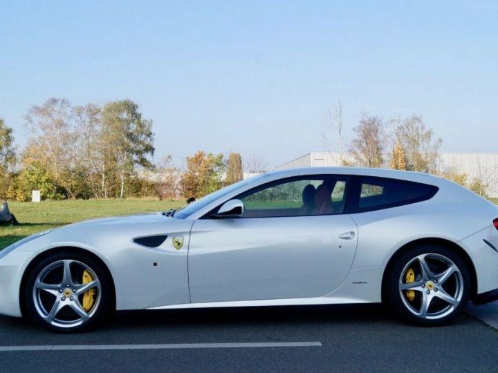 Ferrari FF Ferrari FF V12 6.3 660ch GPS/ 4X4 / Garantie 12 MOIS Livré TTC Blanc Nacré Métallisé tri couches - 4